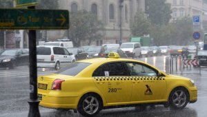 A budapesti taxisoknak már tél van