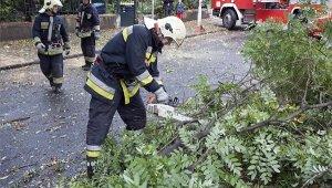 Visszavonták a piros figyelmeztetést - a legjelentősebb káreset Újbudán volt